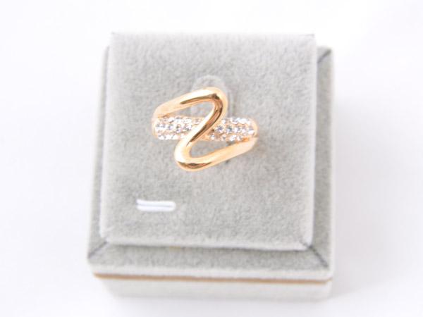 Кольцо со вставками из кристаллов Сваровски арт. B113