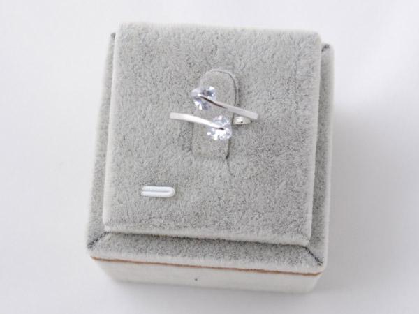 Кольцо с кристаллами сваровски арт.116 серебрянного цвета